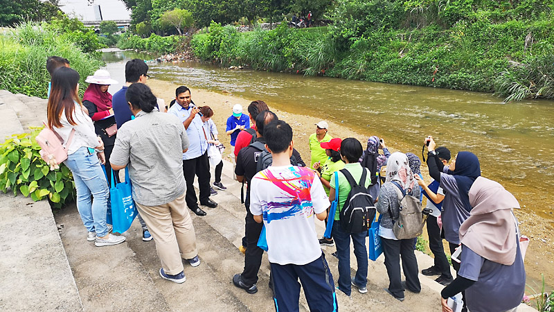 Malaysia: Field-based approach to training on Integrated Urban River Basin Management